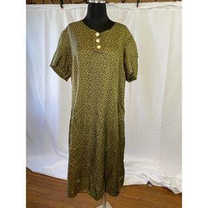 Timeless vintage silky sheath (large)